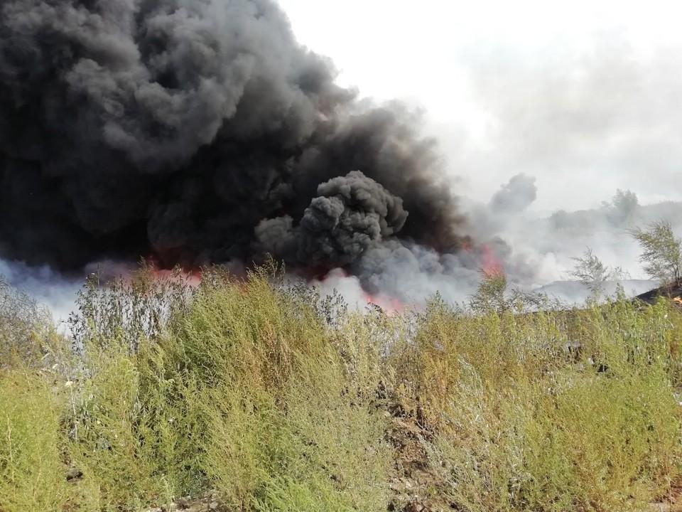 Вот такой пожар на мазутных озерах