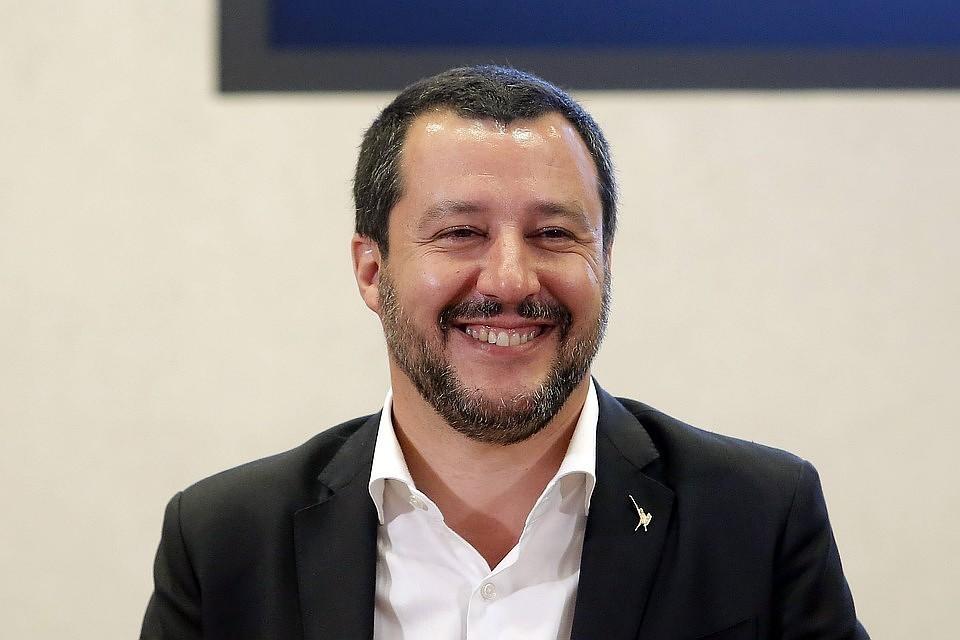 Маттео Сальвини рассчитывает занять место премьеры. Не случайно, он изначально продвигал идею досрочных выборов в парламент