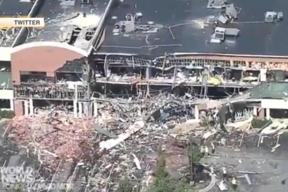 Взрыв буквально разворотил здание ТЦ