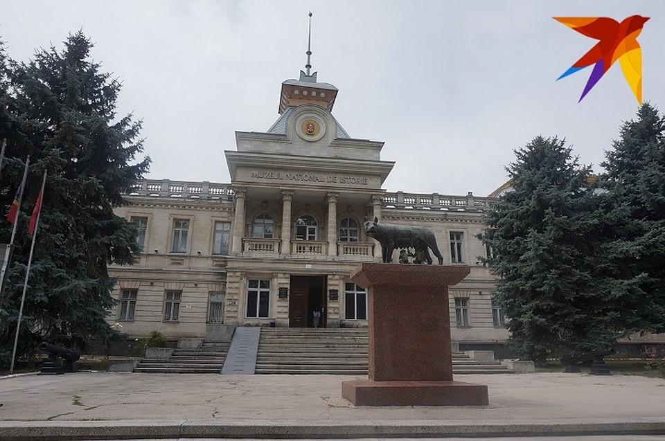 Что сегодня будет в Кишиневе: Школа флористики, археологическая выставка, экскурсия в мозаично-кофейном стиле