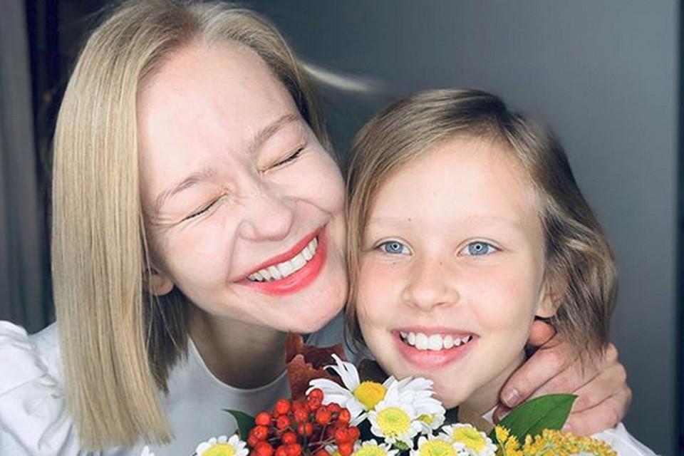 Юлия как-то призналась, что хотела, чтобы Миронов стал крестным отцом ее дочери