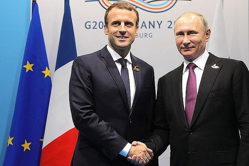 Саммит пройдет в Париже по предложению Макрона