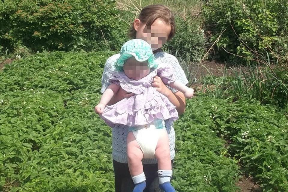 Девушка утопила сестренку, которая мешала ей учить уроки