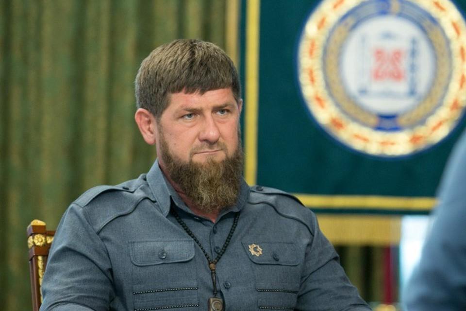 Рамзан Кадыров объявил войну вейперам, на очереди - качки и косметологи