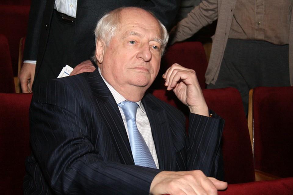 28 сентября на 86-м году жизни скончался режиссер Марк Захаров.
