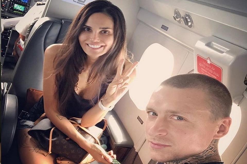 Павел и Алана воспитывают двоих детей. Фото: Instagram Аланы Мамаевой