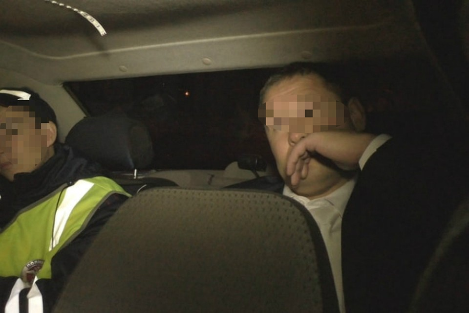 Активисты уверены, что за рулем иномарки в нетрезвом виде попался очень статусный человек. Фото: vk.com/patrolkirov43