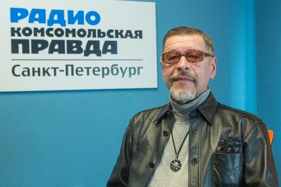 Александр Донских в студии радио «Комсомольская Правда в Петербурге»