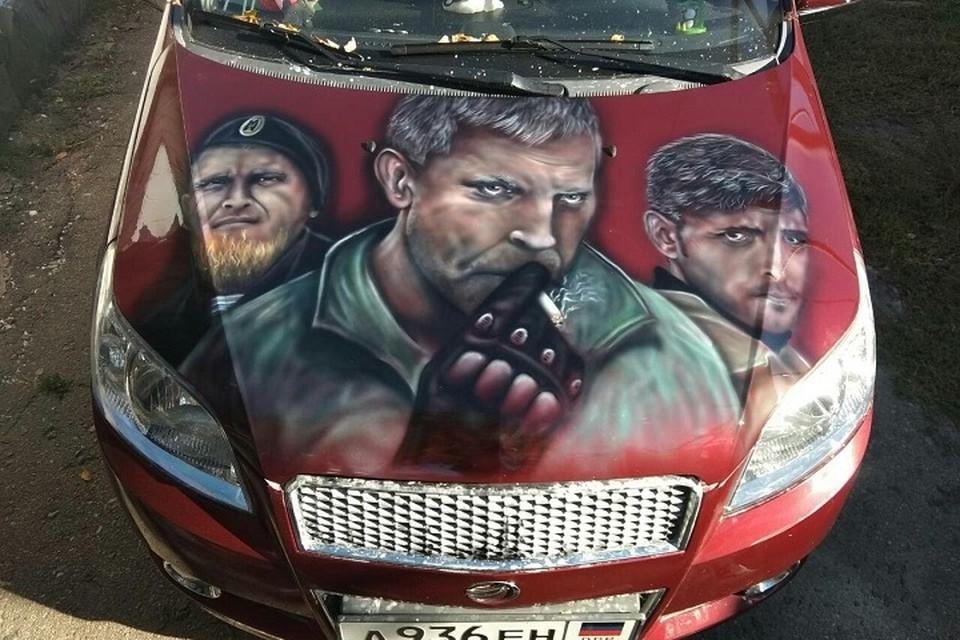 В Республике есть всего две машины с портретом Захарченко. Фото: vk.com