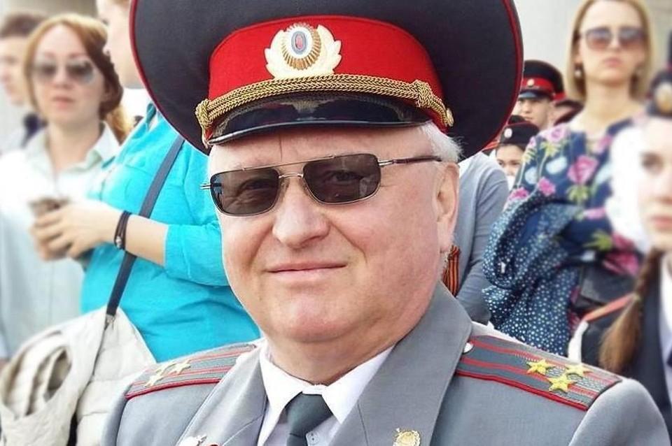 Отставной полковник вел активную общественную жизнь, подавал пример молодому поколению и даже баллотировался в депутаты