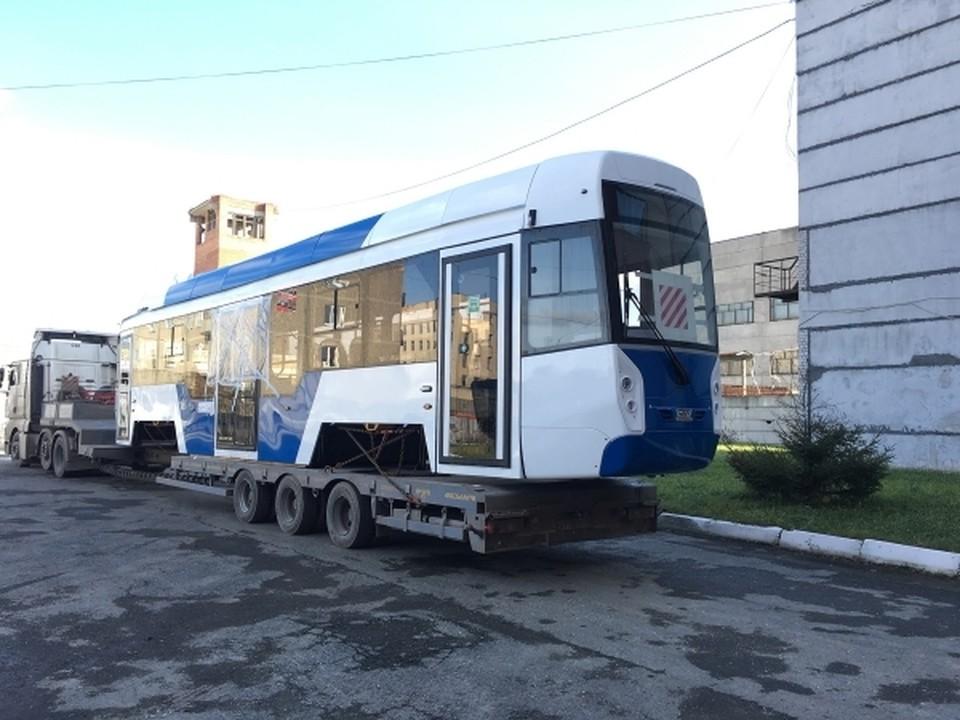 Новый трамвай уже отправился на полуостров. Фото: пресс-служба Уральского Завода Транспортного Машиностроения