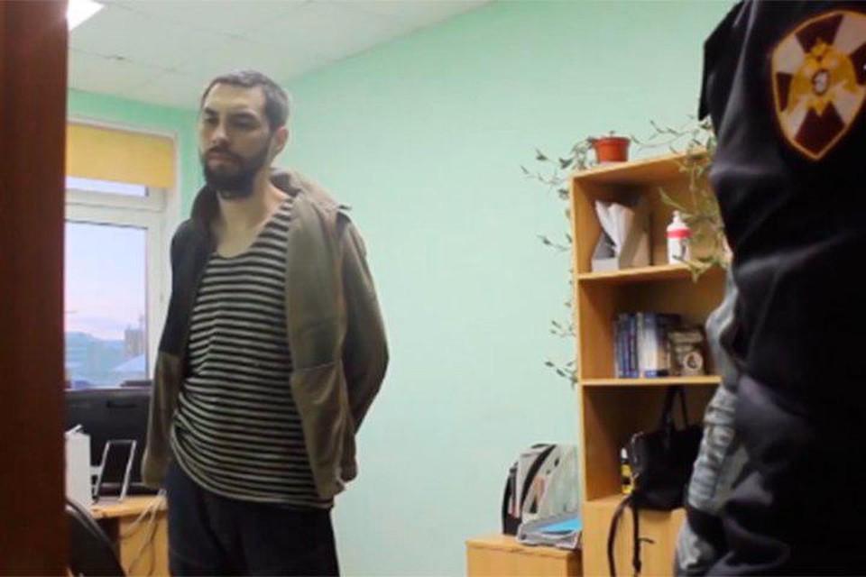 Убийцу 6-летнего ребенка местные жители готовы личевать. Фото: Кадр с видео СК РФ по Архангельской области и Ненецкому АО.