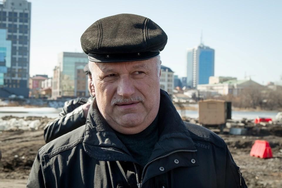 К Владимиру Алейникову накопились претензии не только горожан, но и градоначальницы Натальи Котовой.
