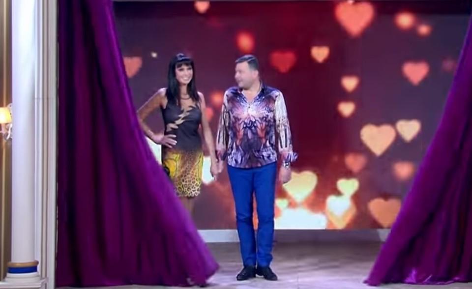 """Скриншот из передачи """"Давай поженимся"""" Первого канала"""