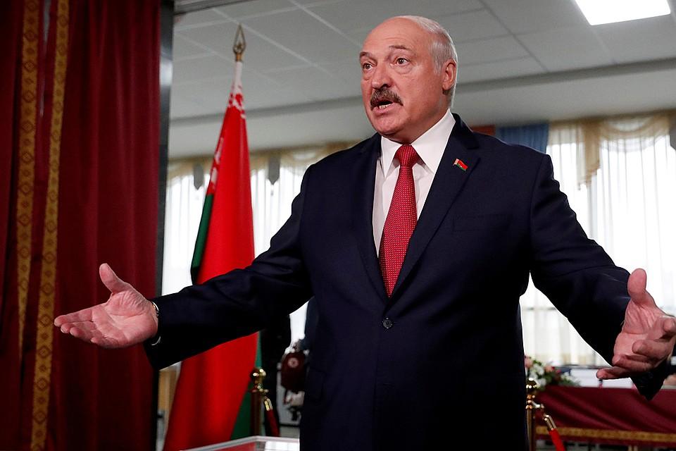 Допрыгался: Россия больше не хочет давать деньги Лукашенко
