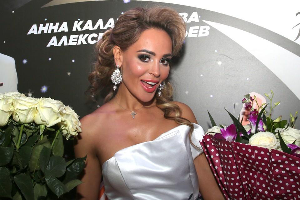 Дикая история случилось в минувшие выходные в столичном караоке «WhoisWho», арт-директором которого является певица и телеведущая Анна Калашникова.