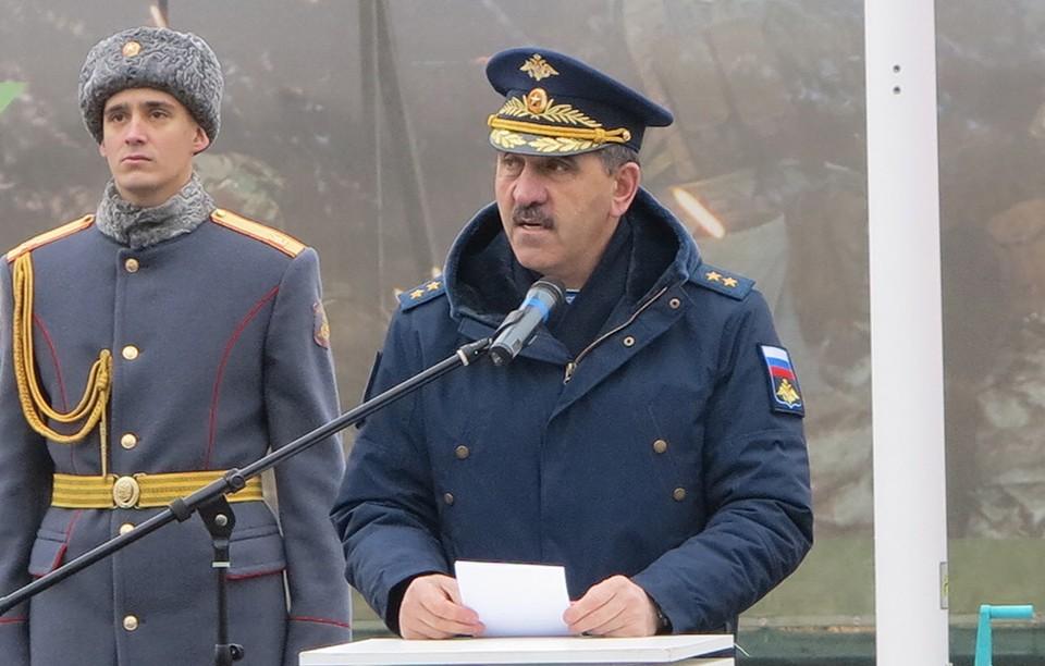 Генерал-лейтенант Юнус-Бек Евкуров.