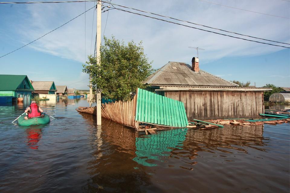 Для пострадавших от наводнения в Тулуне было собрано пожертвований в 18 раз меньше, чем для Венеции. Фото: Кирилл Шипицин/ТАСС