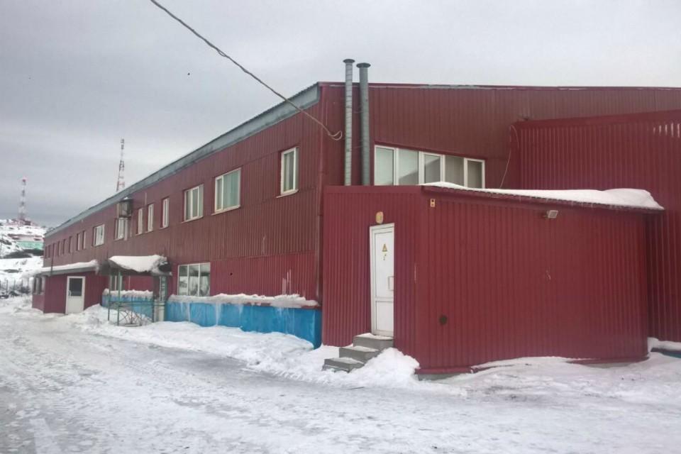 Возить новых работников из других заполярных городов для завода оказалось не выгодно. Фото: vk.com/arctic51