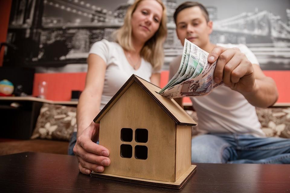 Новые условия уже вступили в силу, теперь для оформления кредита заемщикам не потребуется собирать документы, подтверждающие доход и занятость