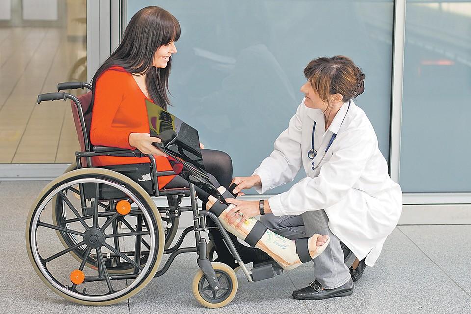И протезы, и кресла-коляски, и другие изделия полагаются бесплатно, если они предусмотрены в индивидуальной программе реабилитации инвалида. Фото: globallookpress.com