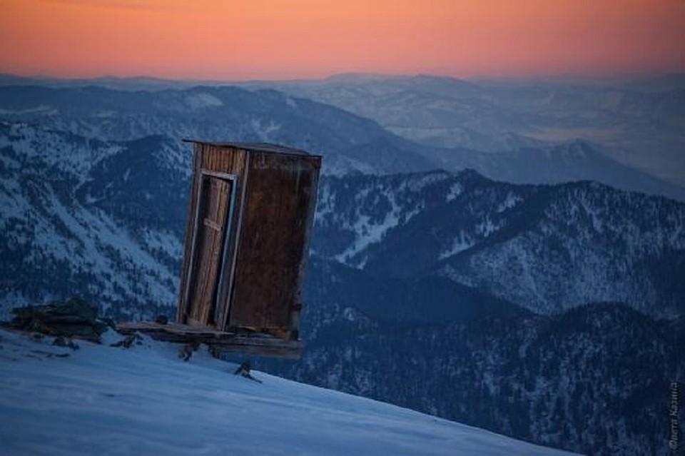 Эктремальный туалет в Горном Алтае