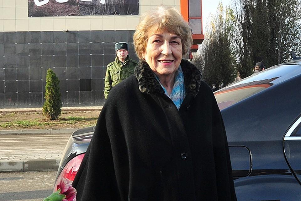 Вдова Льва Яшина Валентина Тимофеевна.
