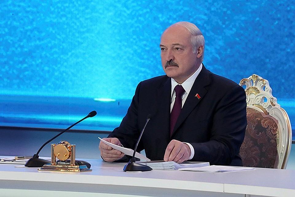 Лукашенко считает, что обстановка в Белоруссии сейчас не такая, чтоб обсуждать создание общего с Россией парламента или президентского поста