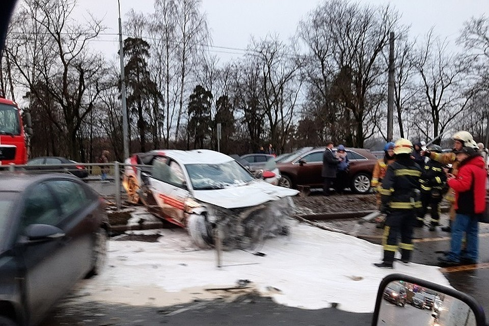 За рулем Audi, устроившей массовую аварию на Выборгском шоссе, находился мужчина
