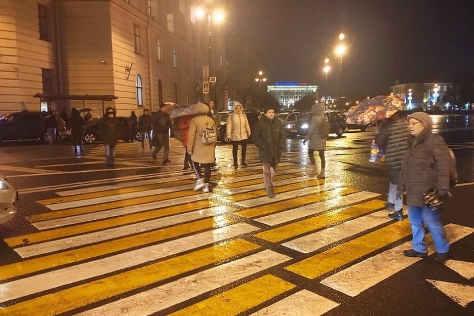 Обманутые дольщики устроили затор в центре Петербурга
