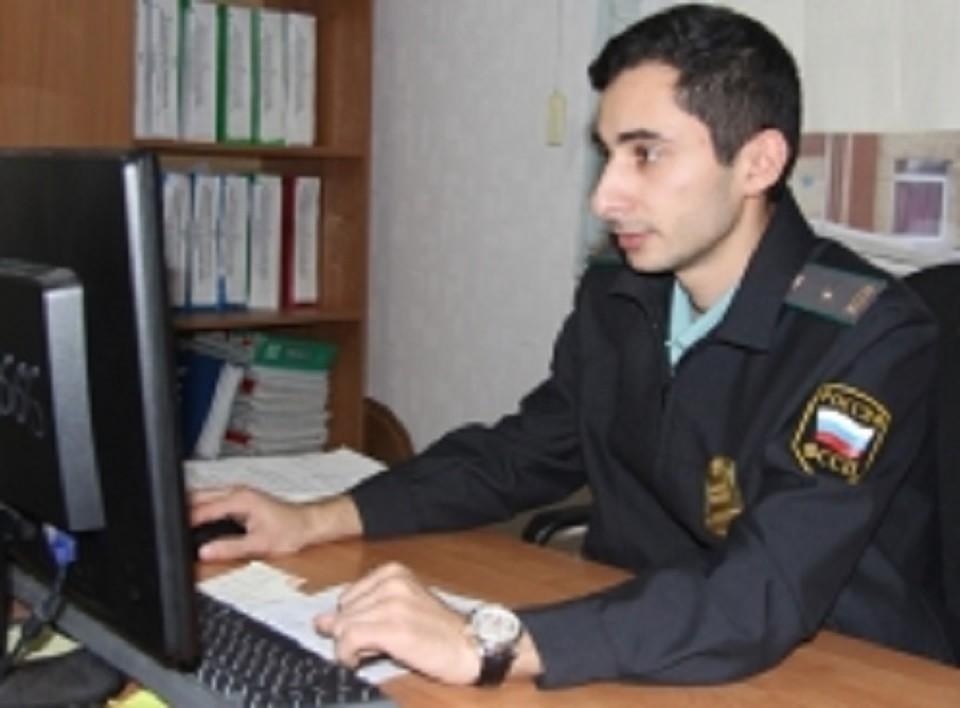 Должник-алиментщик из Югорска вовремя не оплатил штраф и отсидел за это трое суток. Фото УФССП ХМАО.