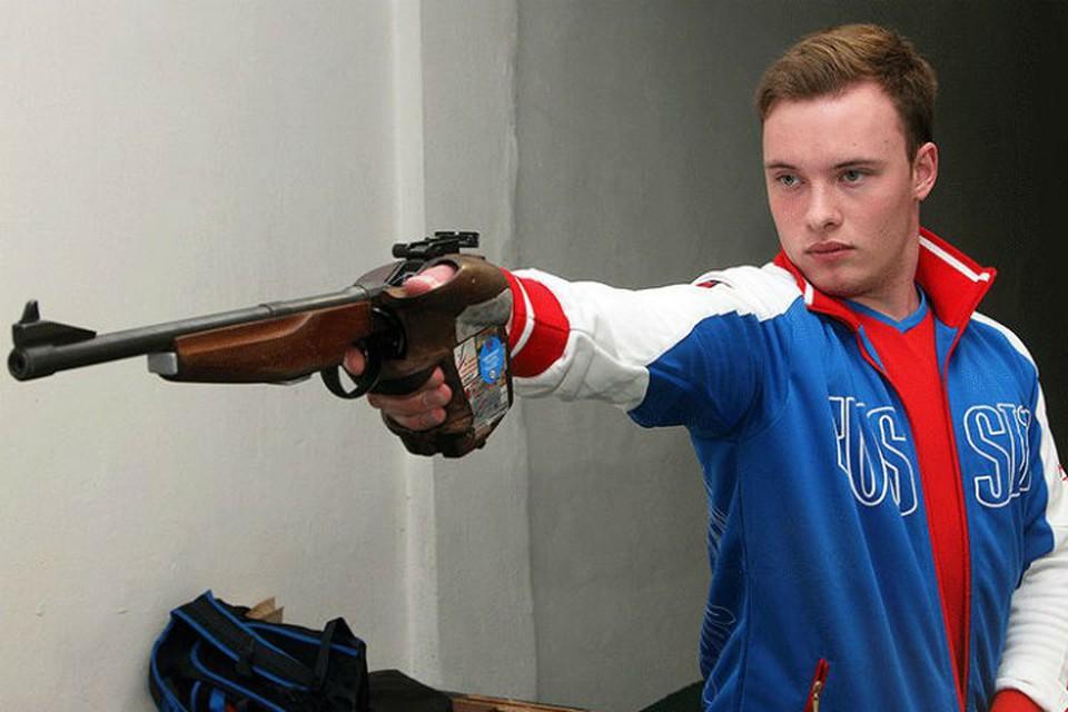 «Готов поехать на Олимпиаду под нейтральным флагом»: стрелок Артем Черноусов о решении ВАДА отстранить Россию от соревнований