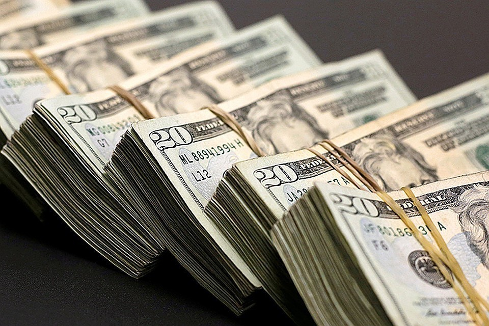 К долгу в 3 миллиарда долларов добавились проценты