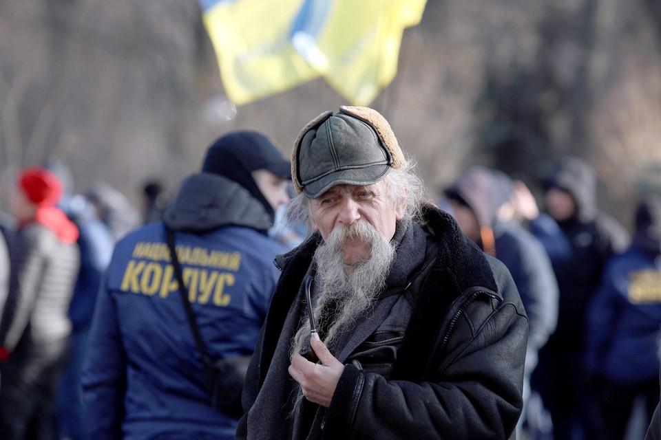 Столица Украины готовится к Католическому Рождеству и штрафам за русский язык