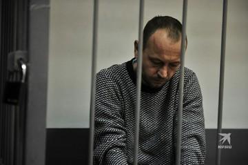 Мать 9-летнего мальчика, убитого в Екатеринбурге, требует от главы секты, в которой состояла, 100 тысяч евро