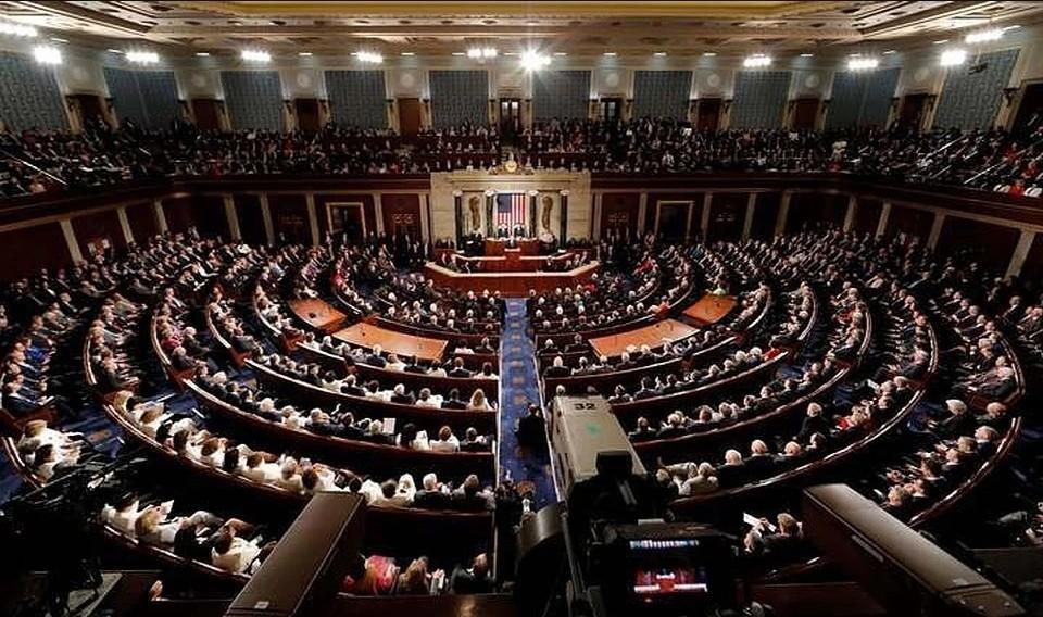 В Сенате требуют проверить законность решения президента