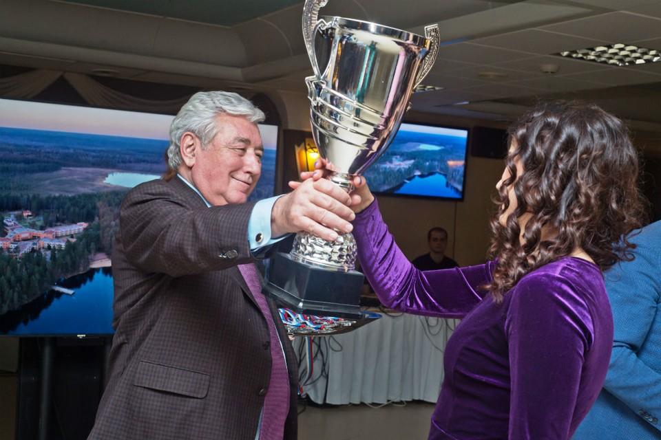 Начало декабря ознаменовано чествованием победителей и призеров спартакиады. Фото: ООО «КИНЕФ».