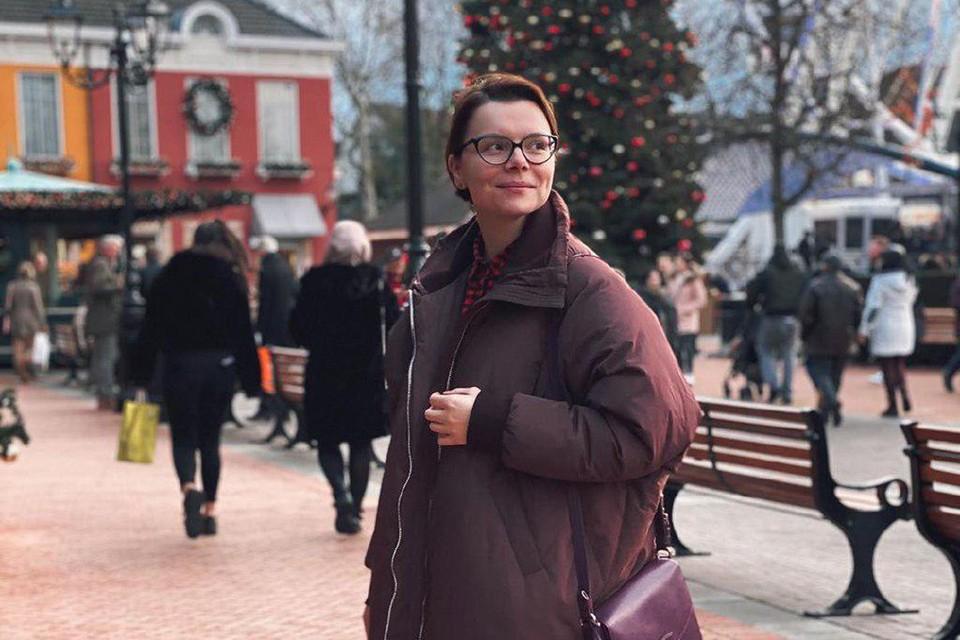 Татьяна Брухунова на протяжении недели ведет репортажи из Германии, куда отправилась вслед за Евгением Петросяном