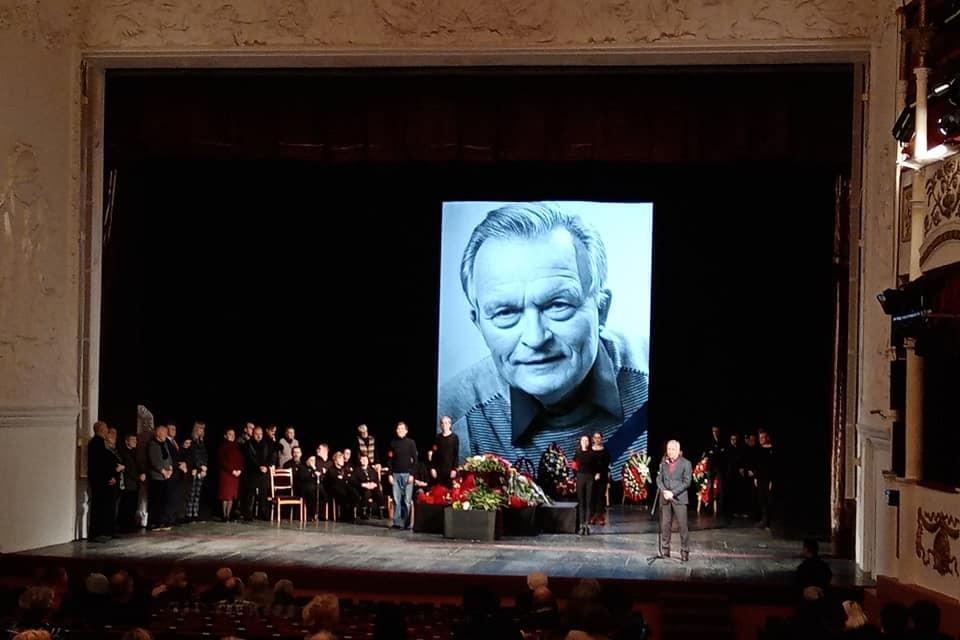 Прощание с Константином Юченковым в Тверском театре драмы 31 декабря 2019 года. Фото: Игорь МАРЧЕНКОФФ