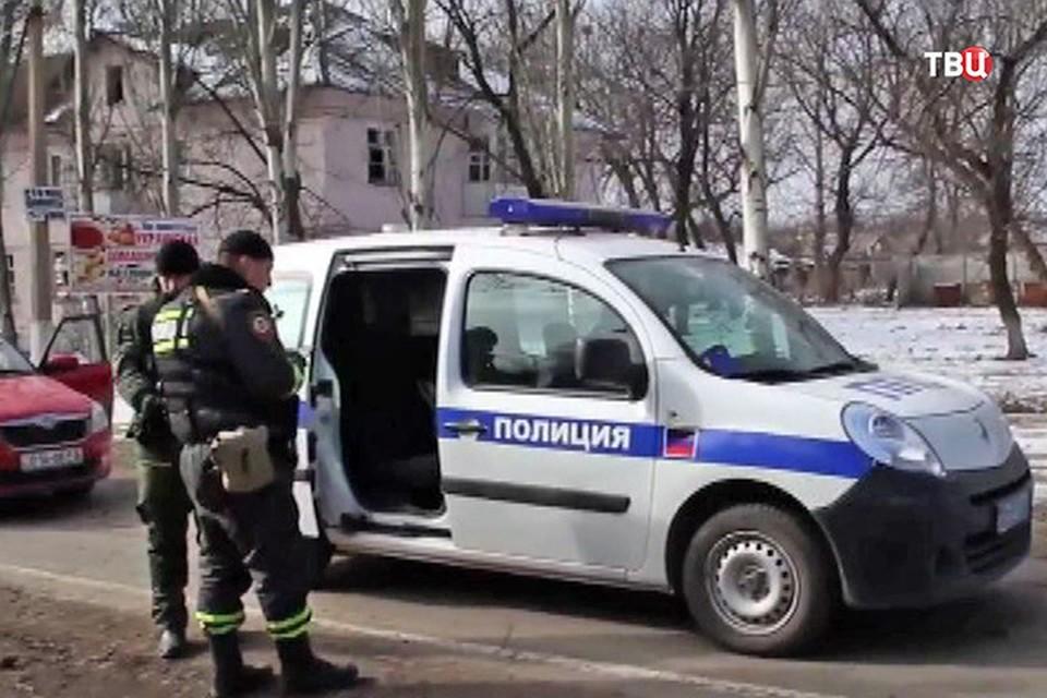 В Шахтерске полицейские изъяли у горожанина реактивные огнеметы и противотанковые гранатометы. Фото: ТВЦ