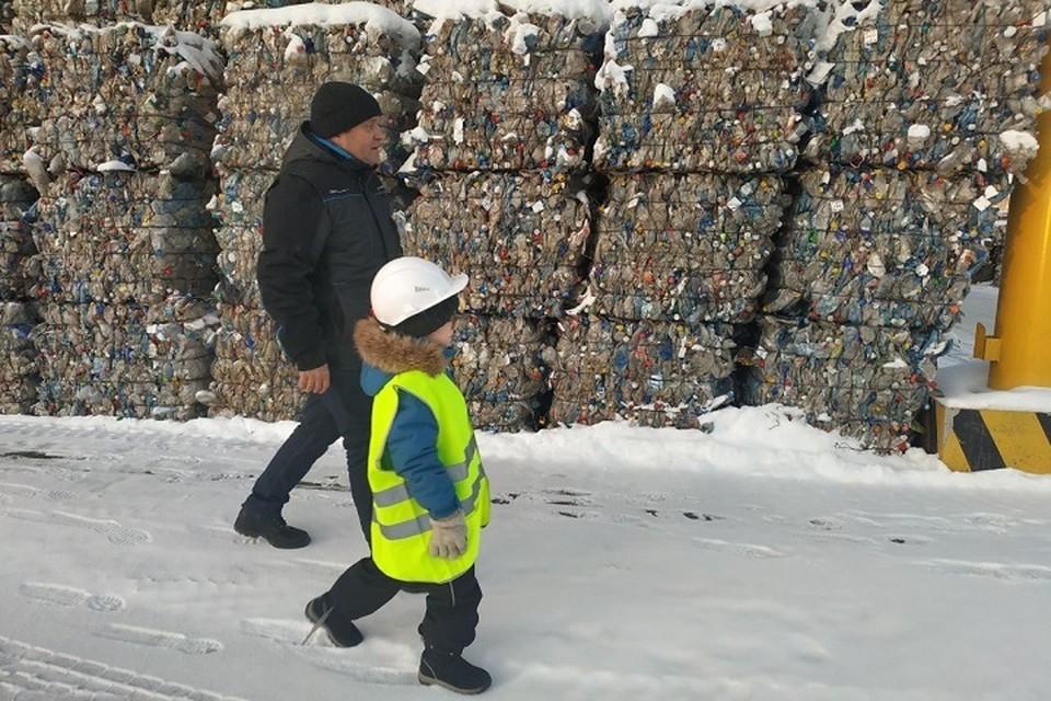 Мечту второклассника из ЯНАО исполнил мусоросортировочный завод в Тюмени Фото: Официальная страница администрации города Тюмени vk.com