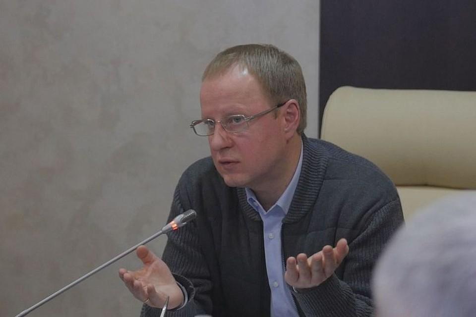 Виктор Томенко на совещании.
