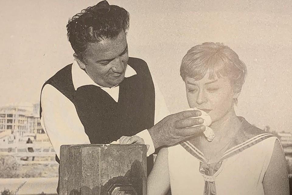 Мазина была музой великого режиссера на протяжении полувека. Фоторепродукция из альбома «Giulietta Masina».