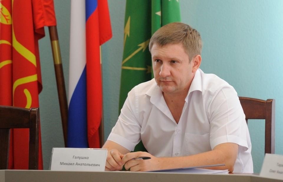 Заместитель главы Майкопа Михаил Галушко сейчас арестован. Фото: maikop.ru