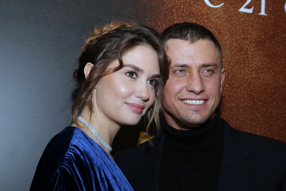 Жена Павла Прилучного оправдывает супруга-должника.