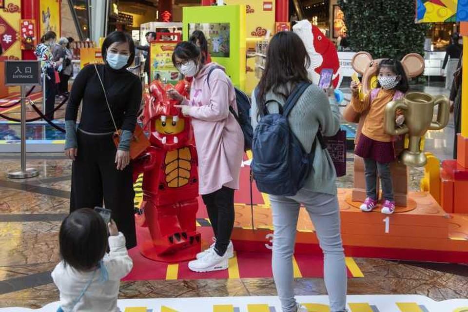 В Китае все носят защитные маски