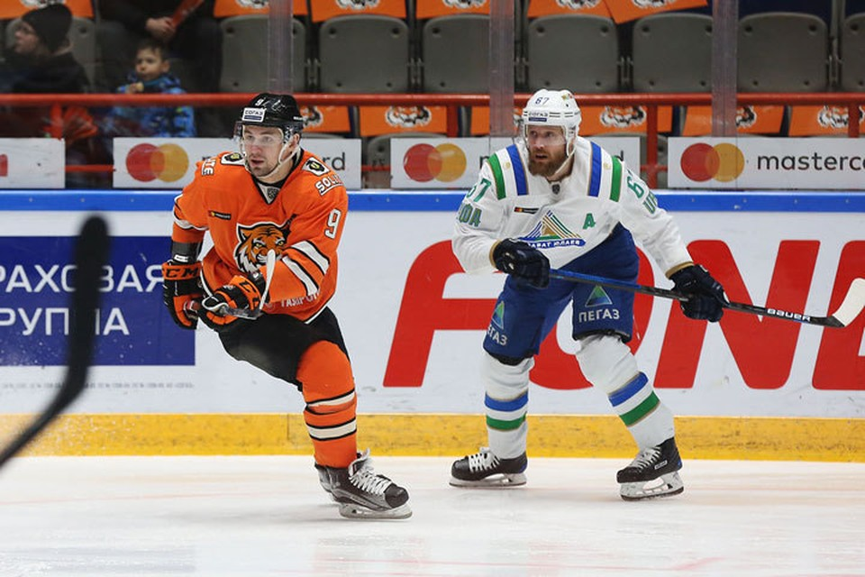 Хоккеисты из Хабаровска оказались сильнее подопечных Николая Цулыгина Фото: ХК «Амур»
