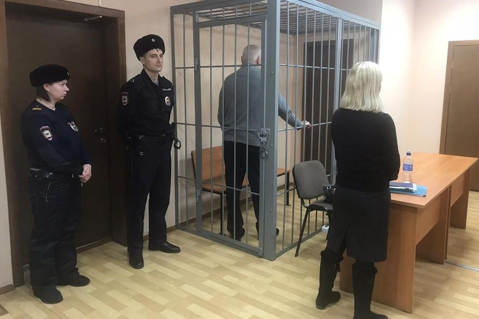 Легендарный следователь оказался под арестом.