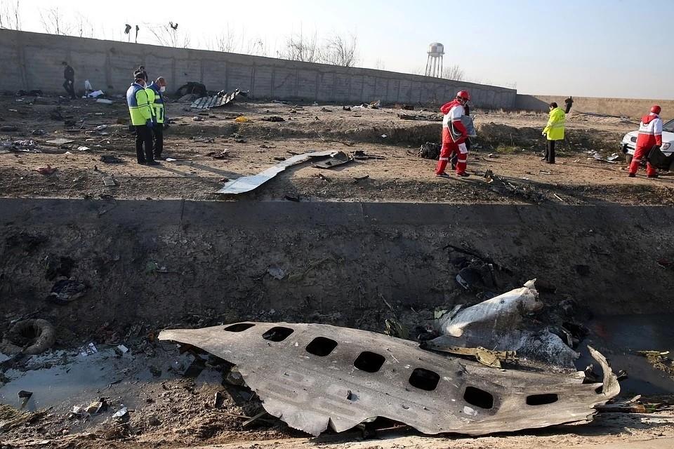 Иранский пилот: «Видел след ракеты, потом вспышку от взрыва. На нашем курсе всё нормально?»