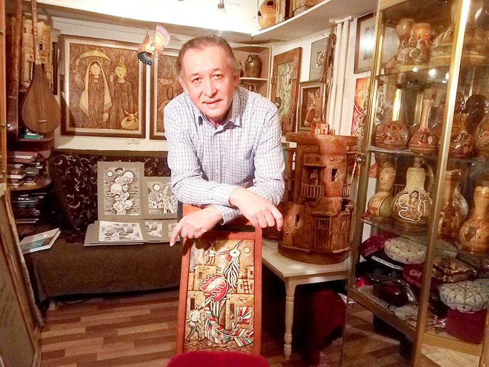 За 33 года мастер создал более тысячи работ.